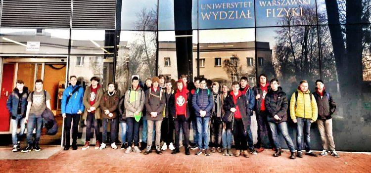 Zajęcia na Wydziale Fizyki Uniwersytetu Warszawskiego